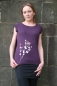 Mobile Preview: Shirt in aubergine mit floralem zweifarbigem Druck