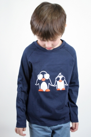 langärmliges dunkelblaues Kindershirt mit Pinguin-Siebdruck
